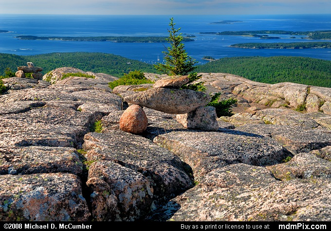 Pemetic Mountain Trail Markers Overlooking the Atlantic