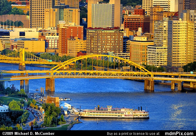Fort Duquesne Bridge and Allegheny River in Pittsburgh