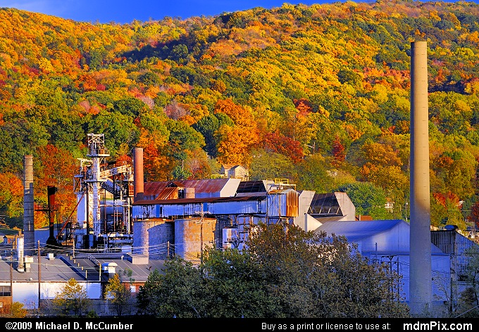 Anchor Hocking Glass South Connellsville Plant (Anchor Hocking Glass South Connellsville Plant Picture 106 - October 22, 2009 from Dunbar Township, Pennsylvania)