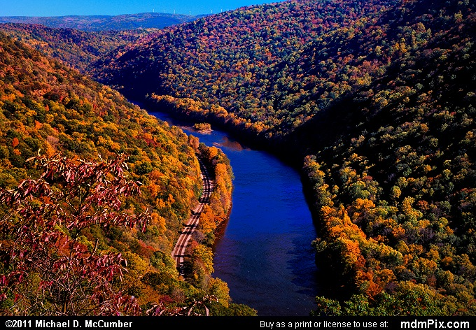 Youghiogheny Gorge (Youghiogheny Gorge Picture 038 - October 13, 2010 from PA State Game Land 51)