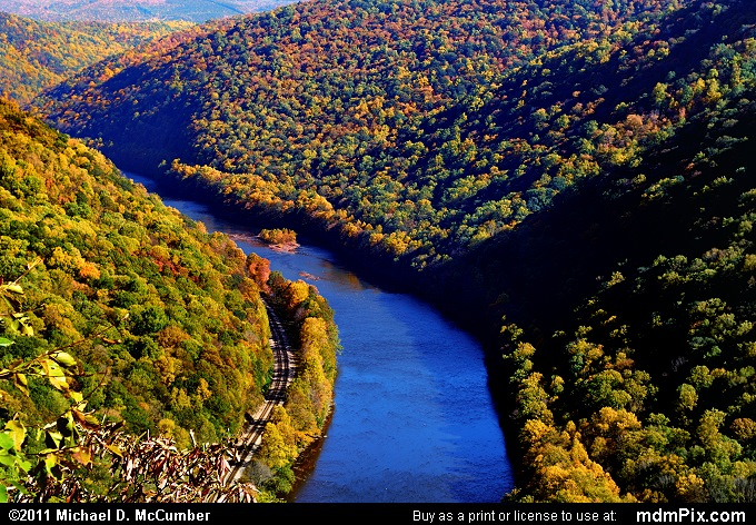 Youghiogheny Gorge (Youghiogheny Gorge Picture 056 - October 13, 2010 from PA State Game Land 51)