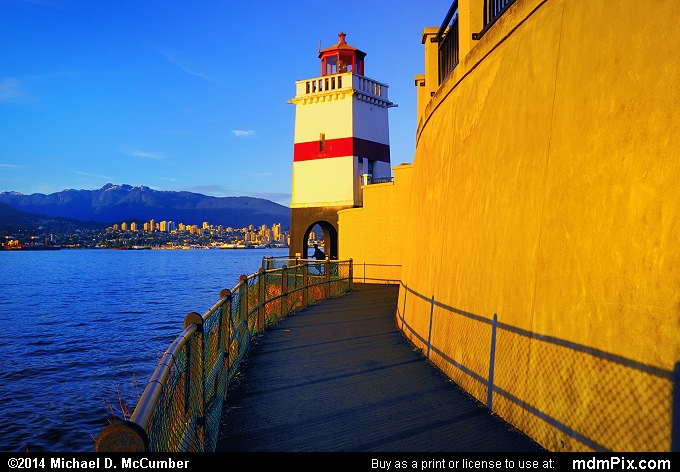 Brockton Point Lighthouse and the Vancouver Seawall