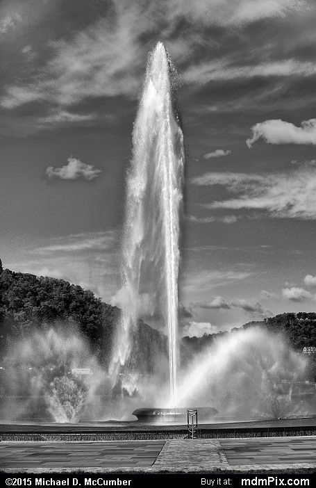 Three Rivers Point Fountain (Three Rivers Point Fountain Black and White Picture 065 - October 10, 2015 from Point State Park, Pennsylvania)