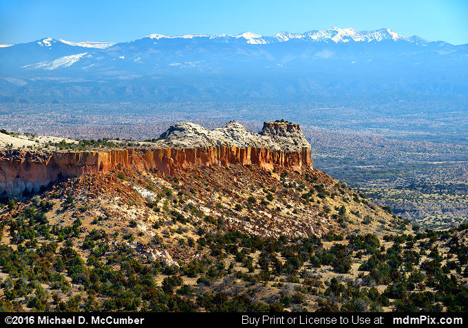 Santa Fe Mountains (Santa Fe Mountains Picture 007 - March 21, 2016 from Los Alamos, New Mexico)