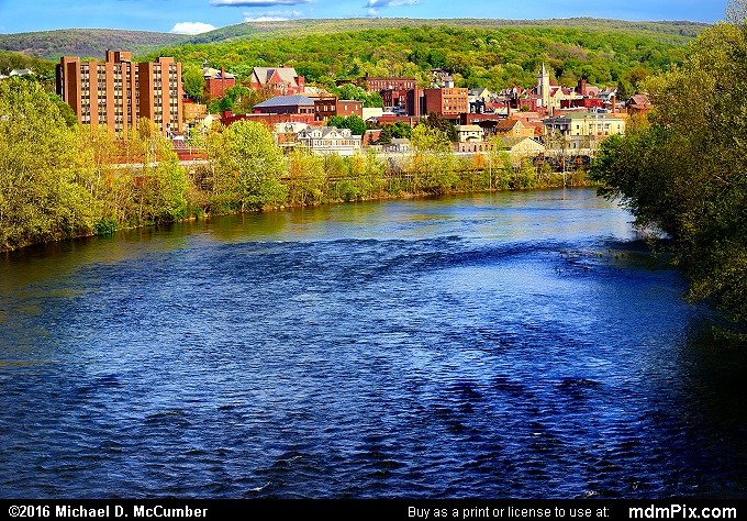 Youghiogheny River (Youghiogheny River Picture 073 - May 8, 2016 from Connellsville, Pennsylvania)
