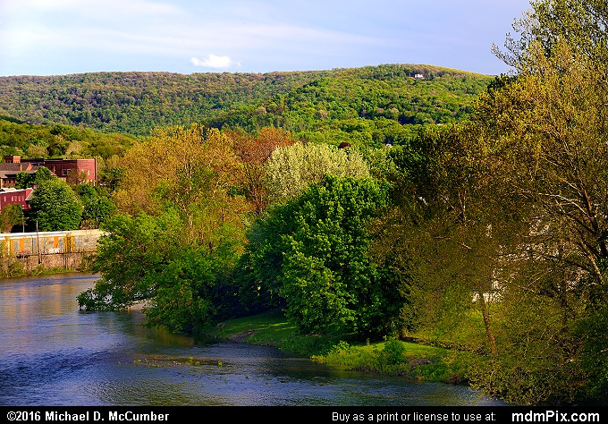 Youghiogheny River (Youghiogheny River Picture 076 - May 8, 2016 from Connellsville, Pennsylvania)