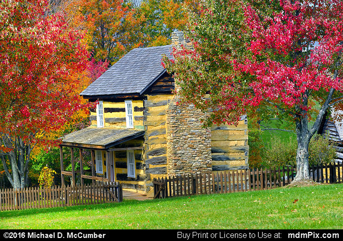 Log Cabin (Log Cabin Picture 051 - October 19, 2016 from Somerset, Pennsylvania)