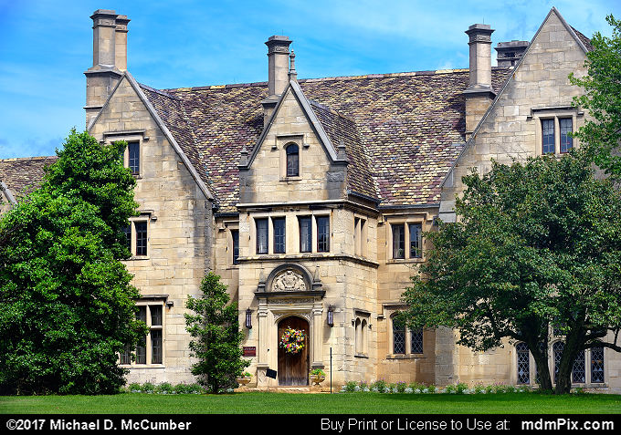 Hartwood Acres Mansion (Hartwood Acres Mansion Picture 008 - July 29, 2017 from Hartwood Acres Park, Pennsylvania)