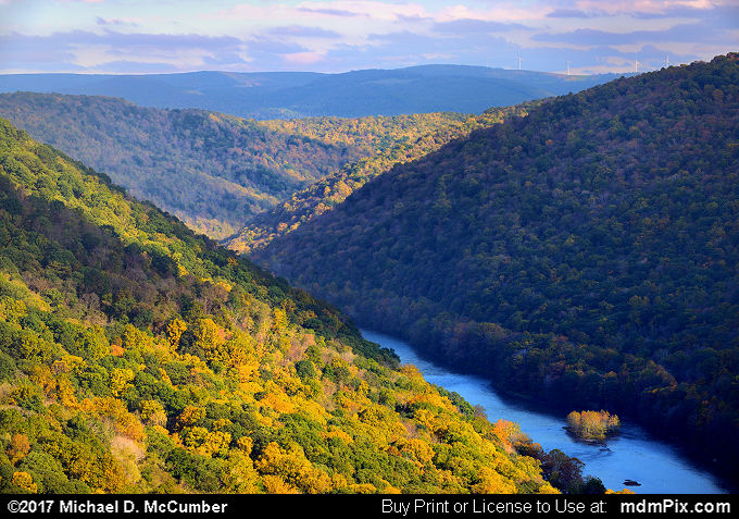 Youghiogheny Gorge (Youghiogheny Gorge Picture 013 - October 13, 2017 from PA State Game Land 51)
