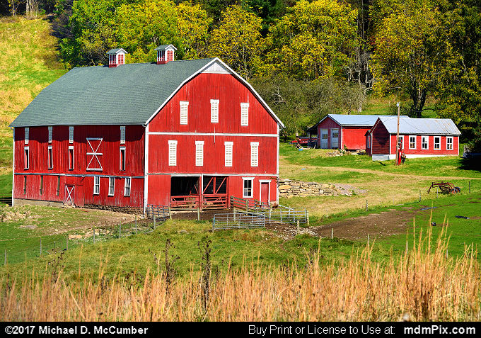 Barn (Barn Picture 008 - October 14, 2017 from Fort Hill, Pennsylvania)